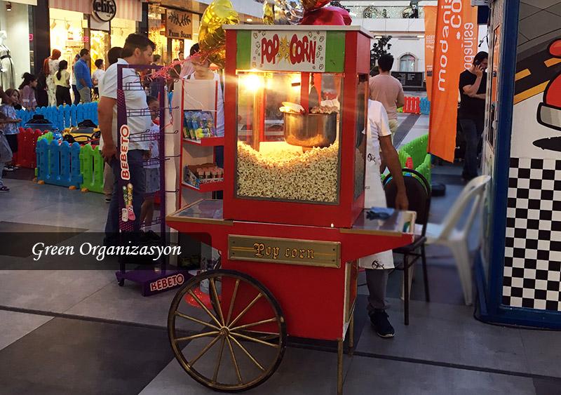 sokak konsepti popcorn arabaları